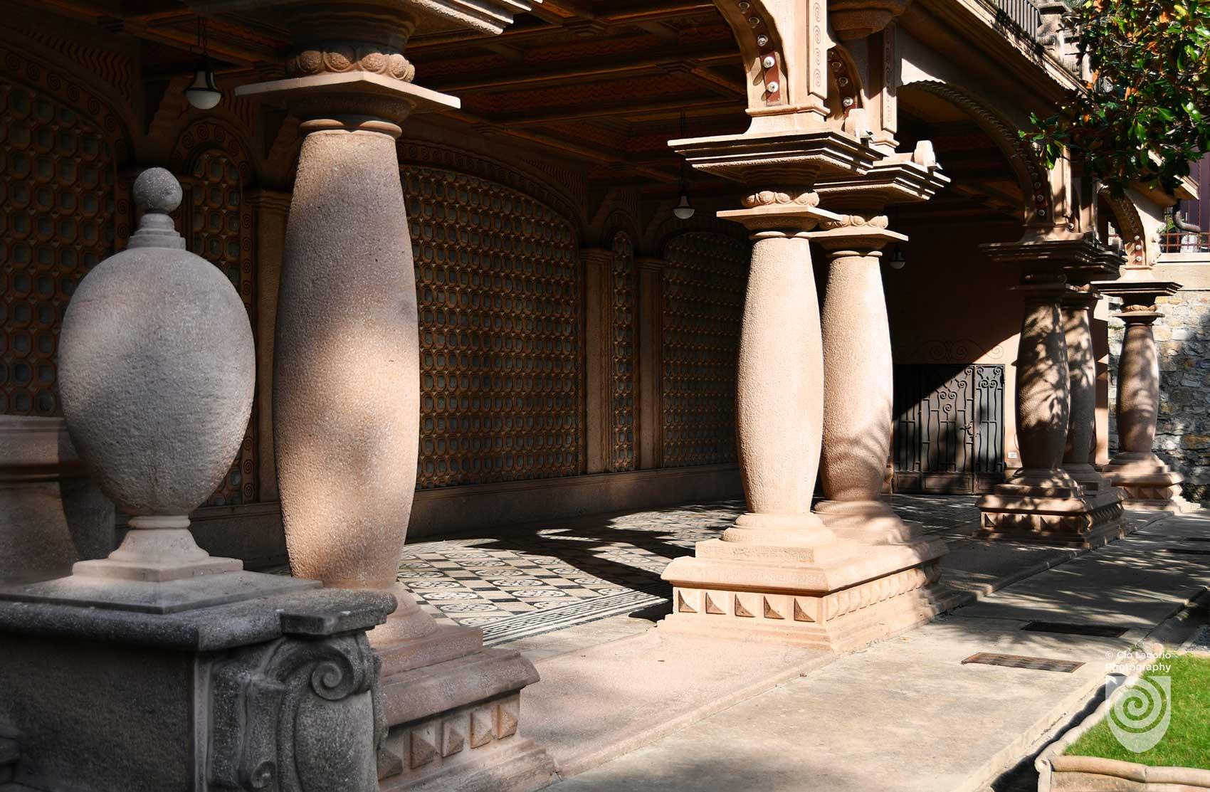 Insegna Museo del Clown ospitato nella villa