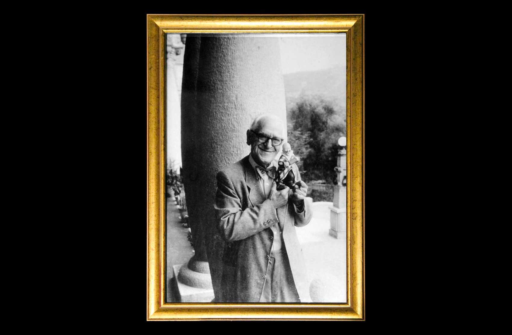 Foto di Grock nella sua villa · Collezione privata Dr Alain Frère