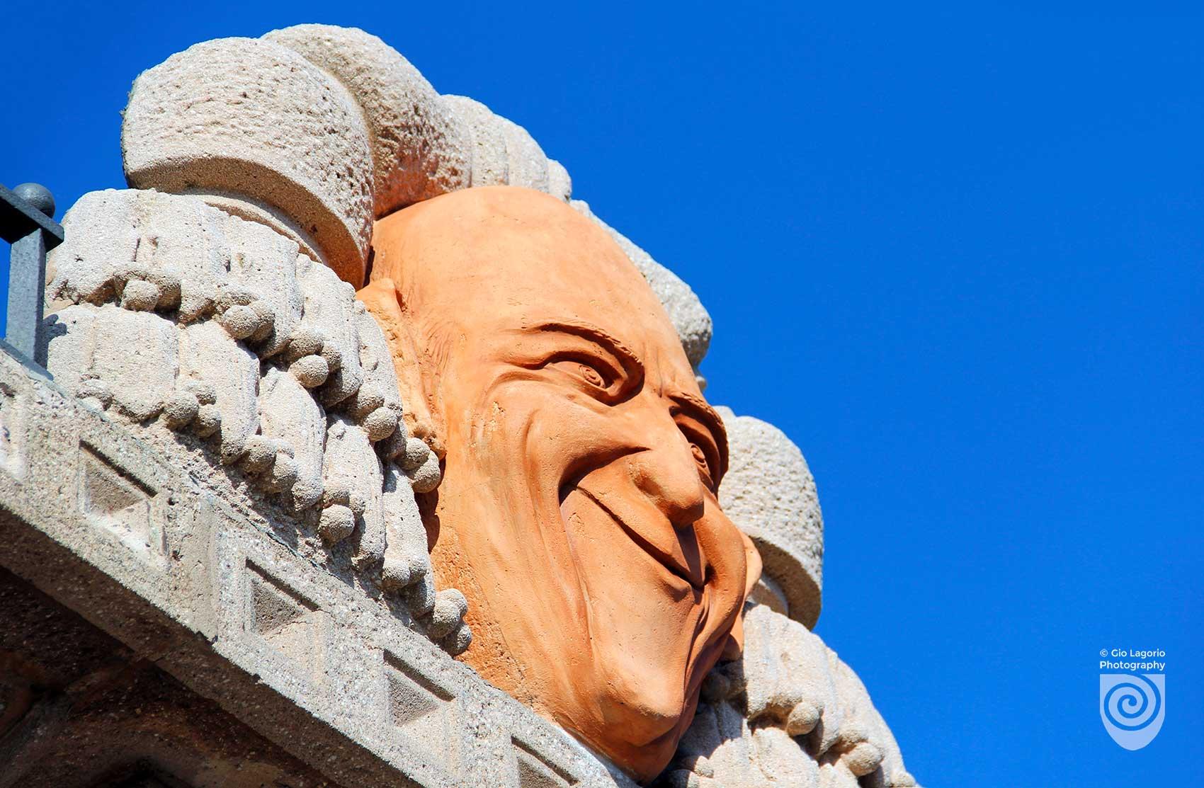 Grock sul tetto della Villa